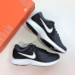 Nike Revolution 4 Black/White/Anthracite Women's 5